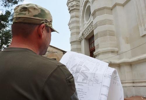 Подходит к завершению реконструкция караимской кенассы в Симферополе
