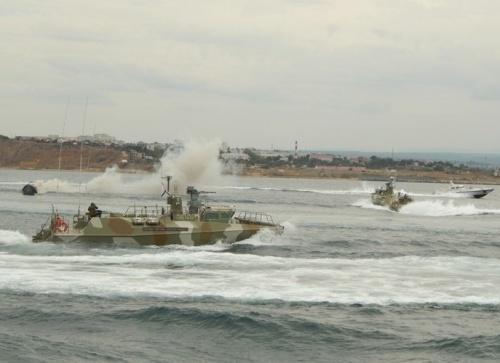 Отряд боевых катеров ЧФ отработал перехват вражеских судов в Чёрном море