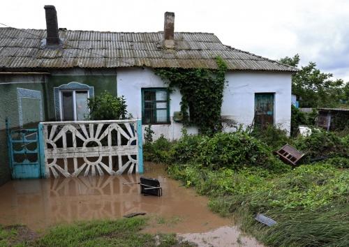 Выплаты на ремонт домовладений, пострадавших в результате ЧС, начнутся в ближайшее время – Сергей Аксёнов