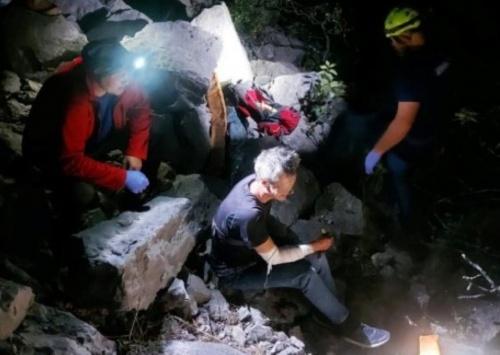 Турист ночью сорвался с обрыва в районе горы Крестовская в Ялте