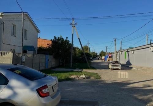 Улица Прямой проезд в Керчи вряд ли соответсвует своему названию