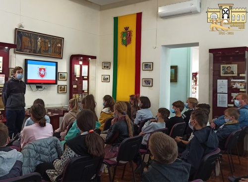 Евпаторийский краеведческий музей ко Дню Государственного герба и Государственного флага Республики Крым