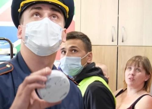 Датчики дыма появятся до конца года в квартирах у 600 многодетных семей Ялты