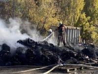 Пожар на складе в Симферополе полностью локализовали