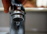 Жители одного из симферопольских микрорайонов остались без воды почти на неделю