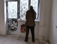 Отжатую мошенниками квартиру севастопольской пенсионерке вернули изуродованной