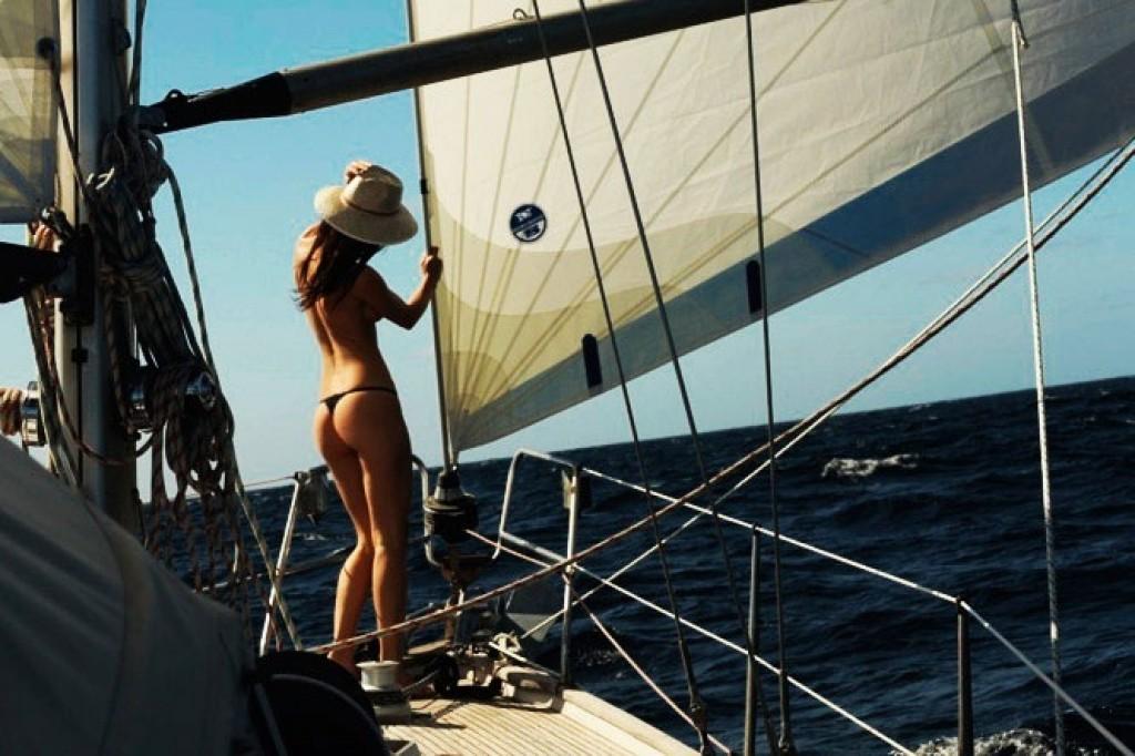 Секс на яхте смотреть с моряком видео