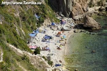 Пляж у мыса Броневой