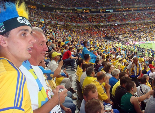 Арены Евро-2012 собрали рекордное количество посетителей