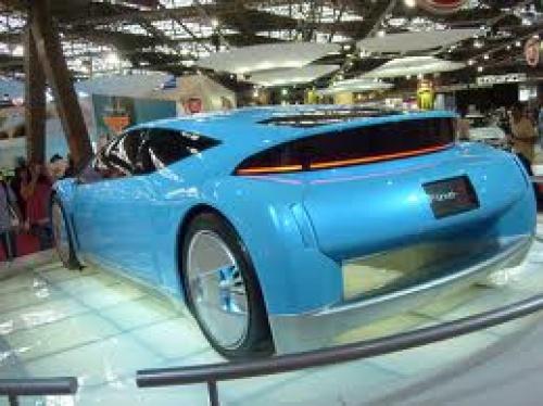 Toyota намерена в 2015 году начать продавать авто на водороде