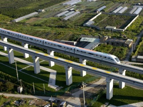 Япония проводит тесты поезда на магнитной подушке