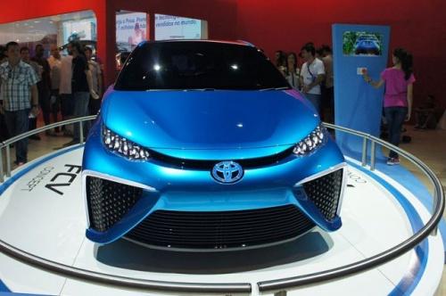 Япония начала продажу автомобилей с водородным двигателем