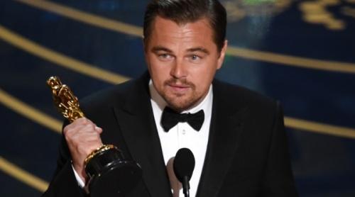 """Леонардо Ди Каприо получил свой первый """"Оскар"""""""