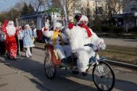 В Евпатории прошел фестиваль-конкурс «Санта Клаус отдыхает – на арене Дед Мороз»