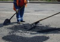 В Симферополе около 30 тыс. кв.м. дорог нуждаются в ямочном ремонте
