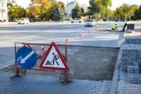 Подрядчик будет переделывать плиточное покрытие на Театральной площади Евпатории – глава администрации