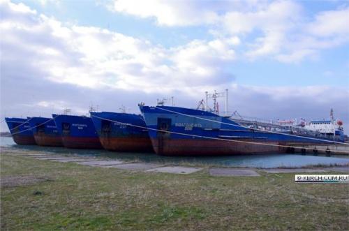 На заводе «Залив» организован зимний отстой судов