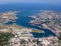 Нырять с судов в акватории морского порта Севастополя теперь запрещено