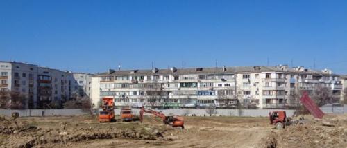 На улице Хрусталёва в Севастополе началось строительство детского сада