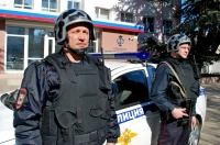 В г. Симферополе сотрудники вневедомственной охраны Росгвардии задержали подозреваемого, пытавшегося расплатиться денежной купюрой, которая вызывает сомнение в подлинности
