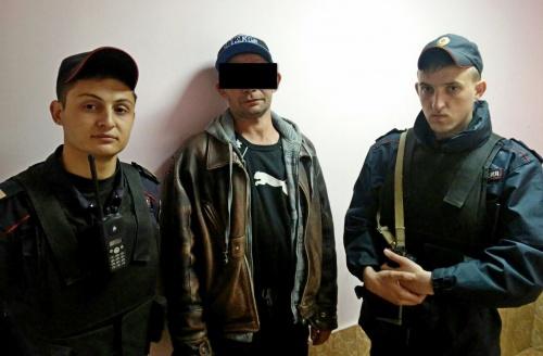 В г. Феодосии сотрудники вневедомственной охраны Росгвардии задержали подозреваемого в угрозе убийством
