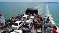 На Керченской переправе сегодня ждут миллионного пассажира