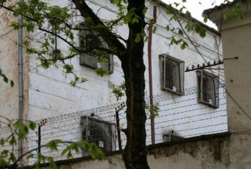 В Симферопольской колонии заключенных обманывали с зарплатой