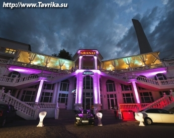 Strip hall BARHAT (Стрип холл БАРХАТ)