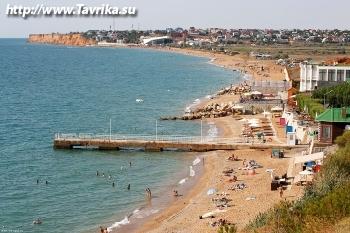 Пляж в поселке Орловка