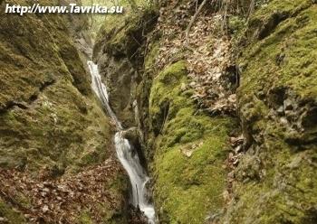 Водопад Трёх Святителей