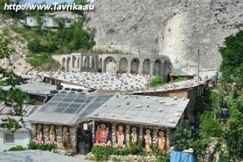 Храм Святой Анастасии Узорешительницы